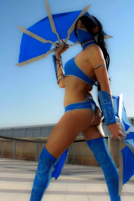 Kitana mk nude cosplay