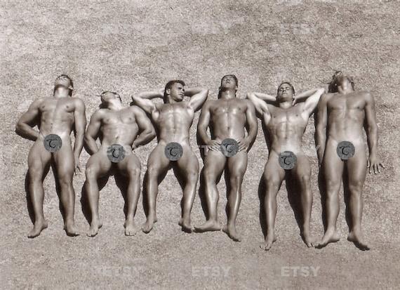 Men in trees star naked