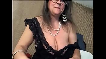 Big sloppy mature tits