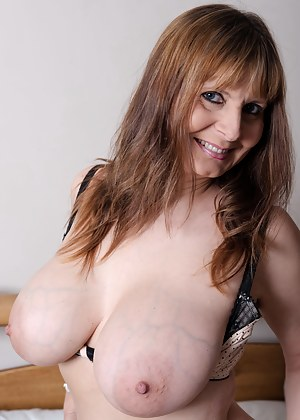 Free beautiful milf sexy nude