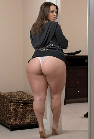 Hips nude images ass wide