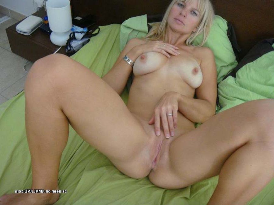 Rake pic of amatuer naked women