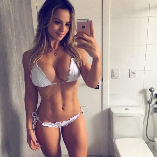 Hot girl mirror selfie