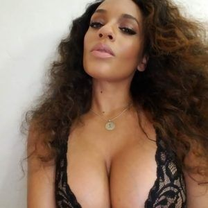 Hot boobs nude indian