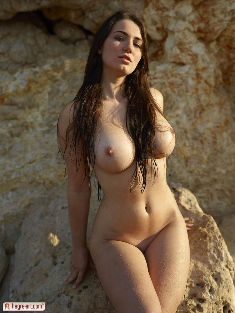 Yara hegre art nude