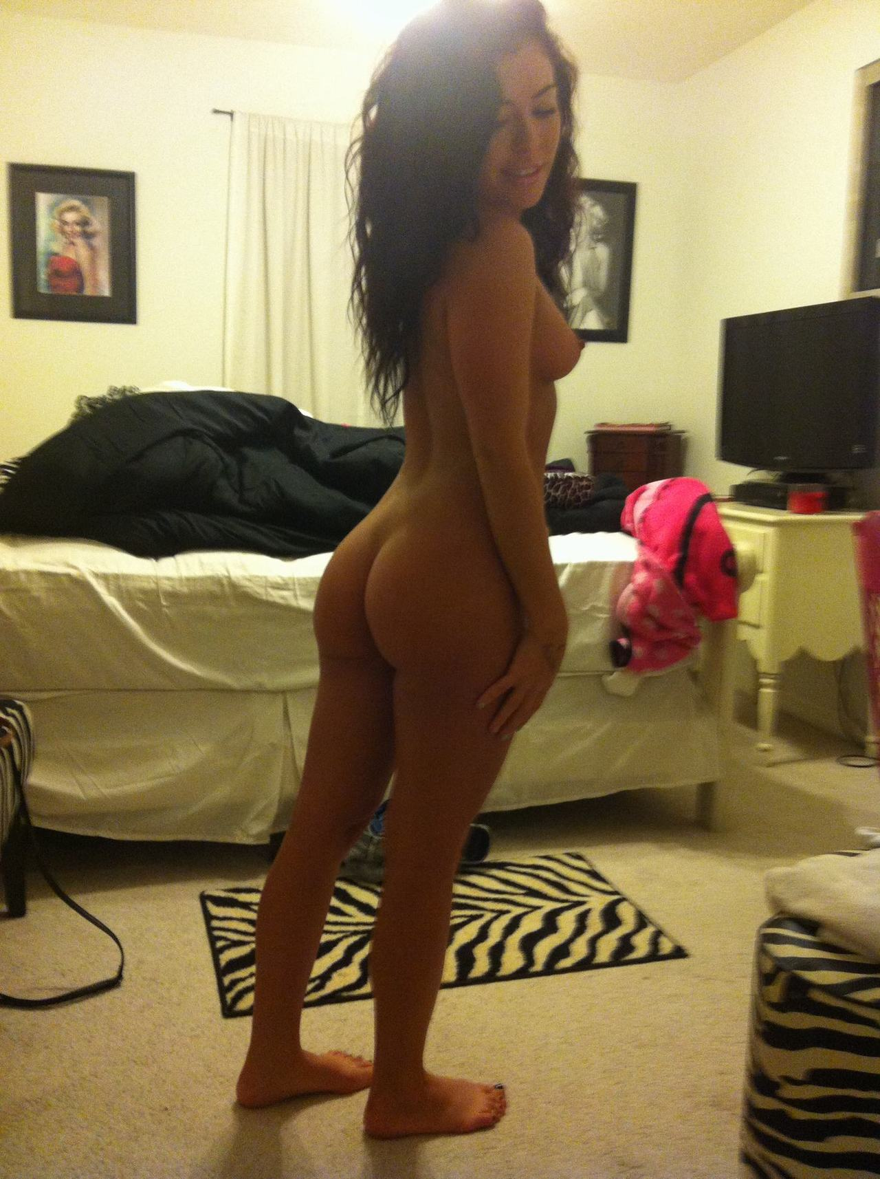 Ass short nude pic