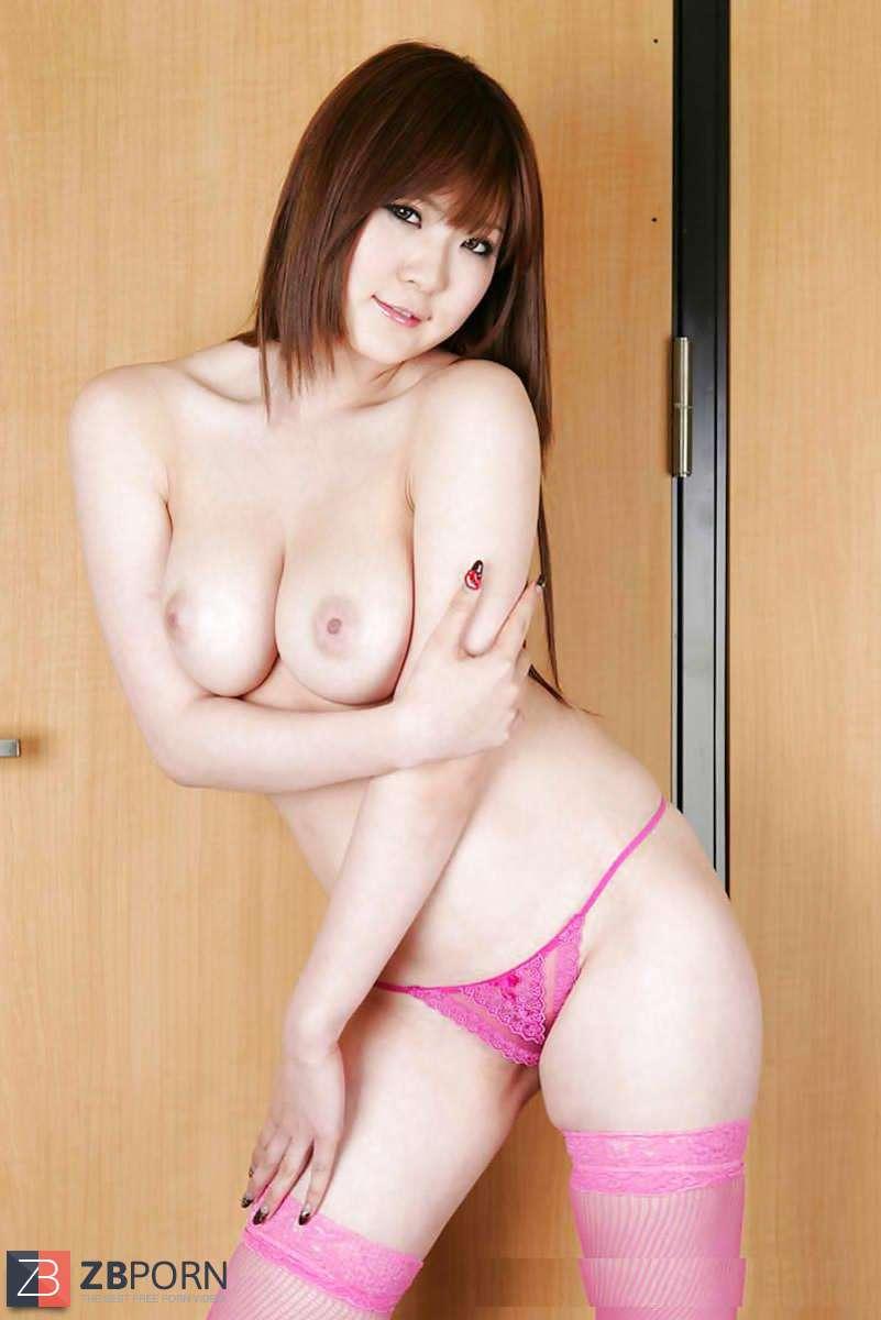 Foto gallery porn momoka nishina