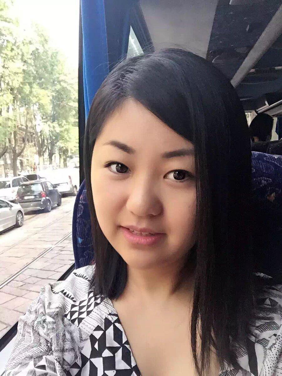 Asian girl cum selfie