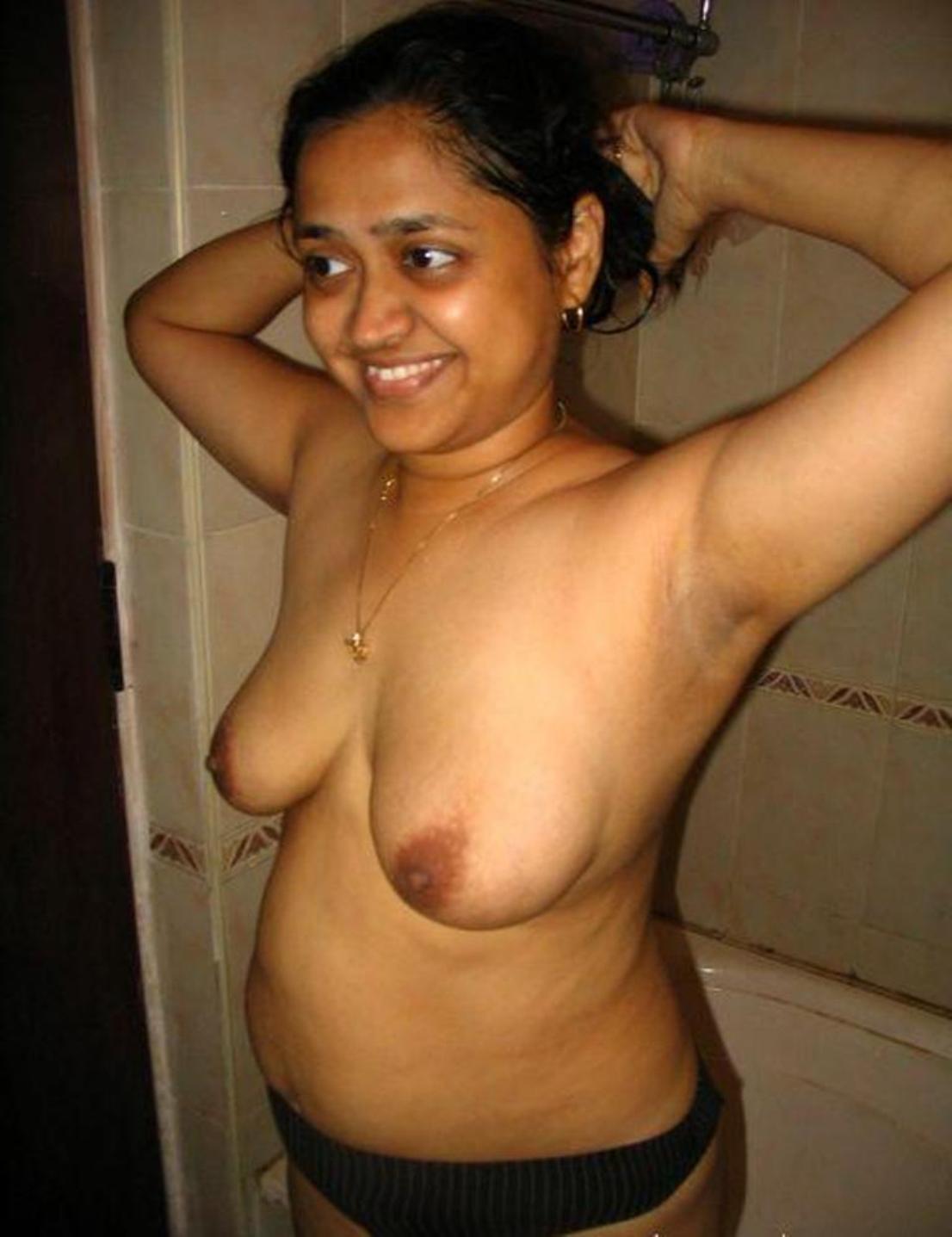 Bangla wife white naked breast pic