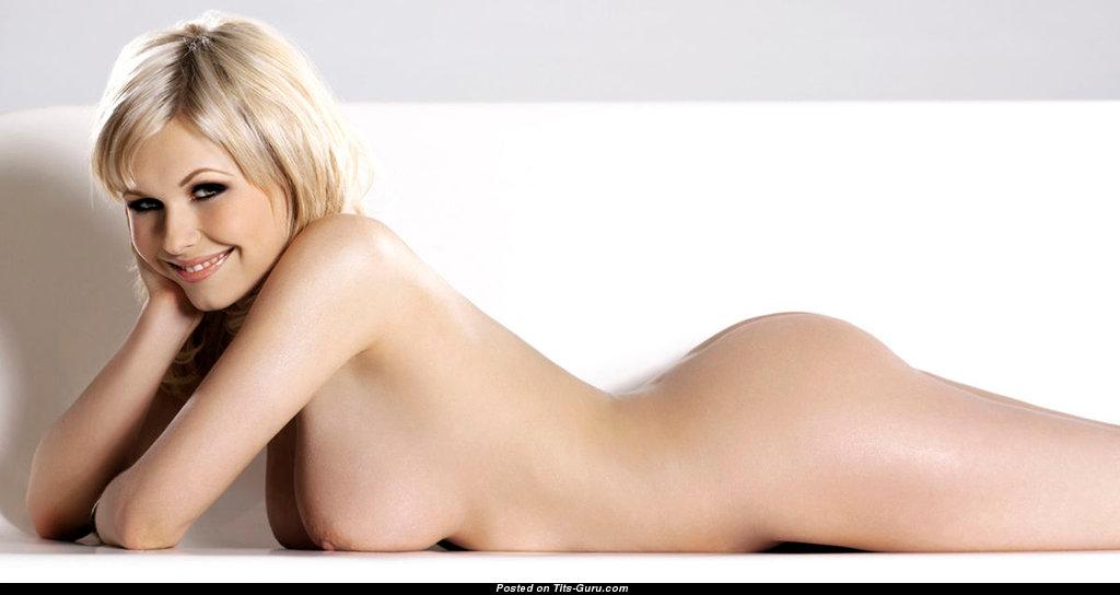Iga wyrwal sexy nude