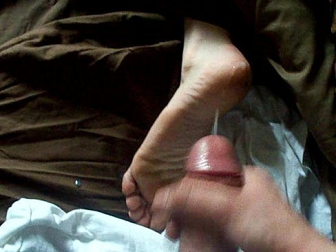 Cum on girls feet soles