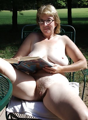 Old hairy pussy porn