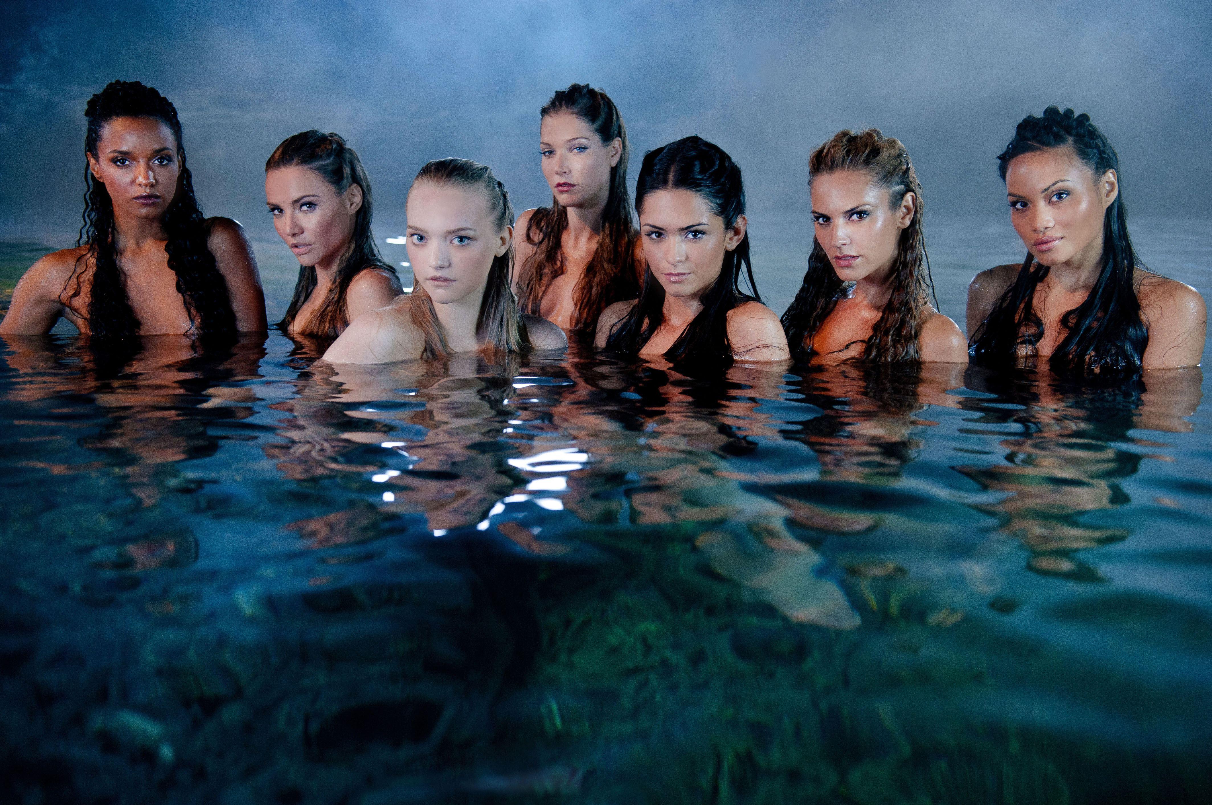 Caribbean pirates beautiful mermaids of