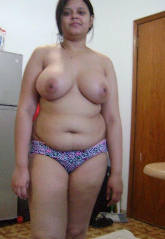 Desi matured auntys big pussy