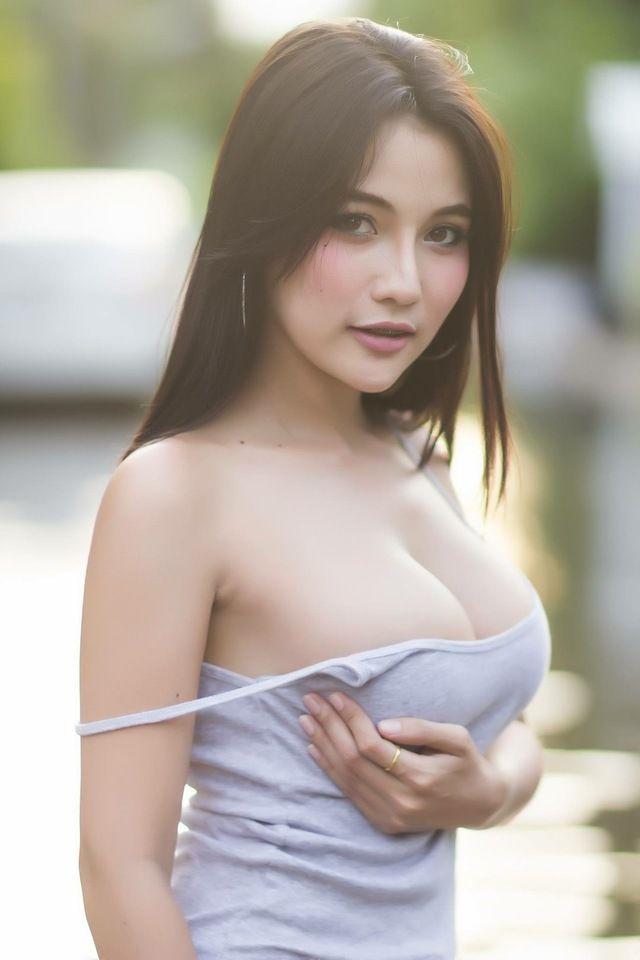 Sexy wet girl hot asian