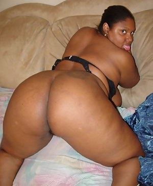 Big black booty american moms pussy