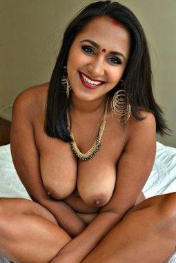 Sexy nakad indian lady