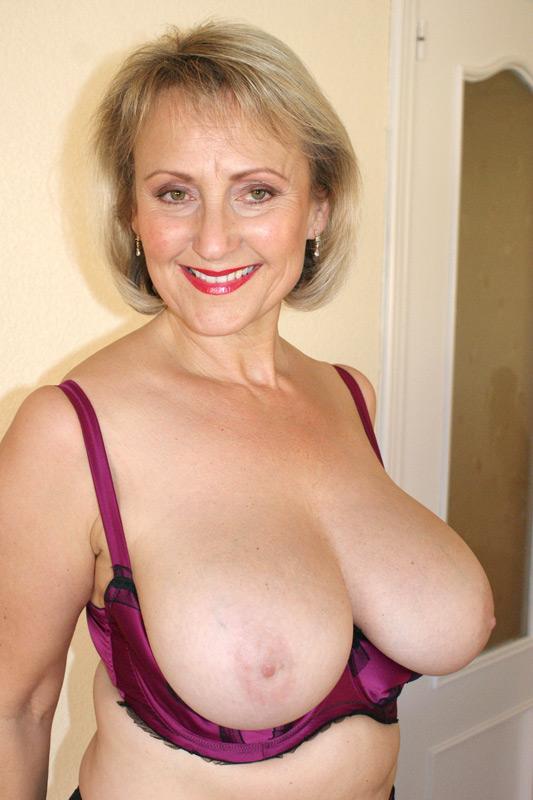 Big boobs milf bra