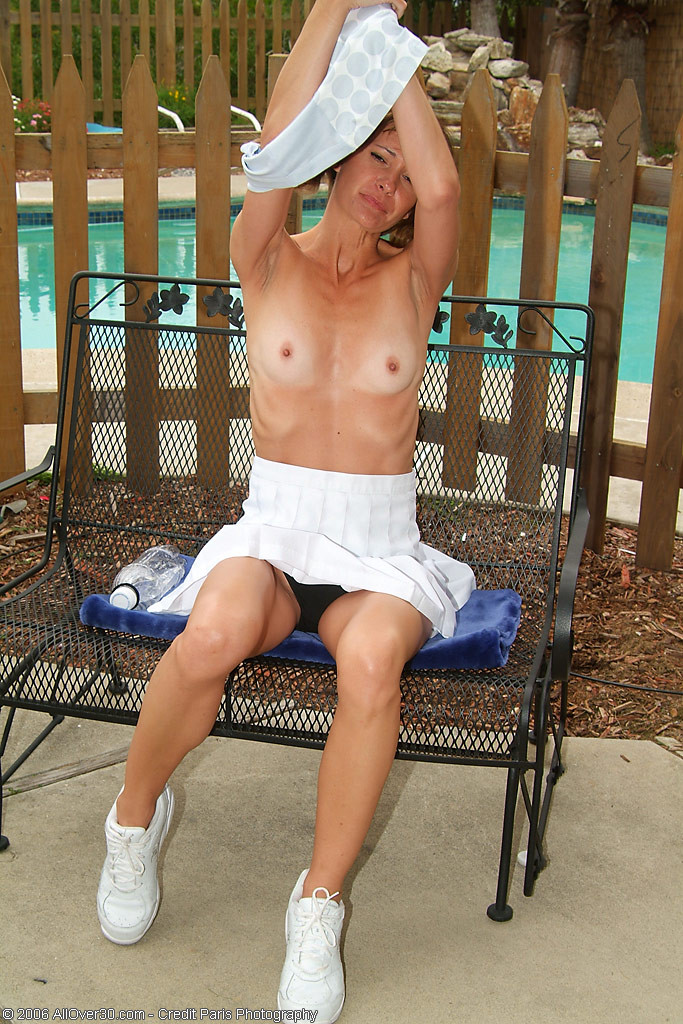 Mature milf tennis player gets naked