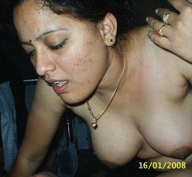 Aunty galleries hot nude photos