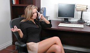 Hot wife legs open wide