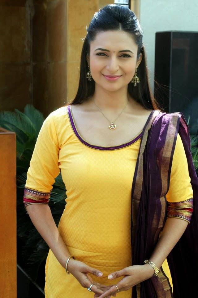Salwar hot figure photo