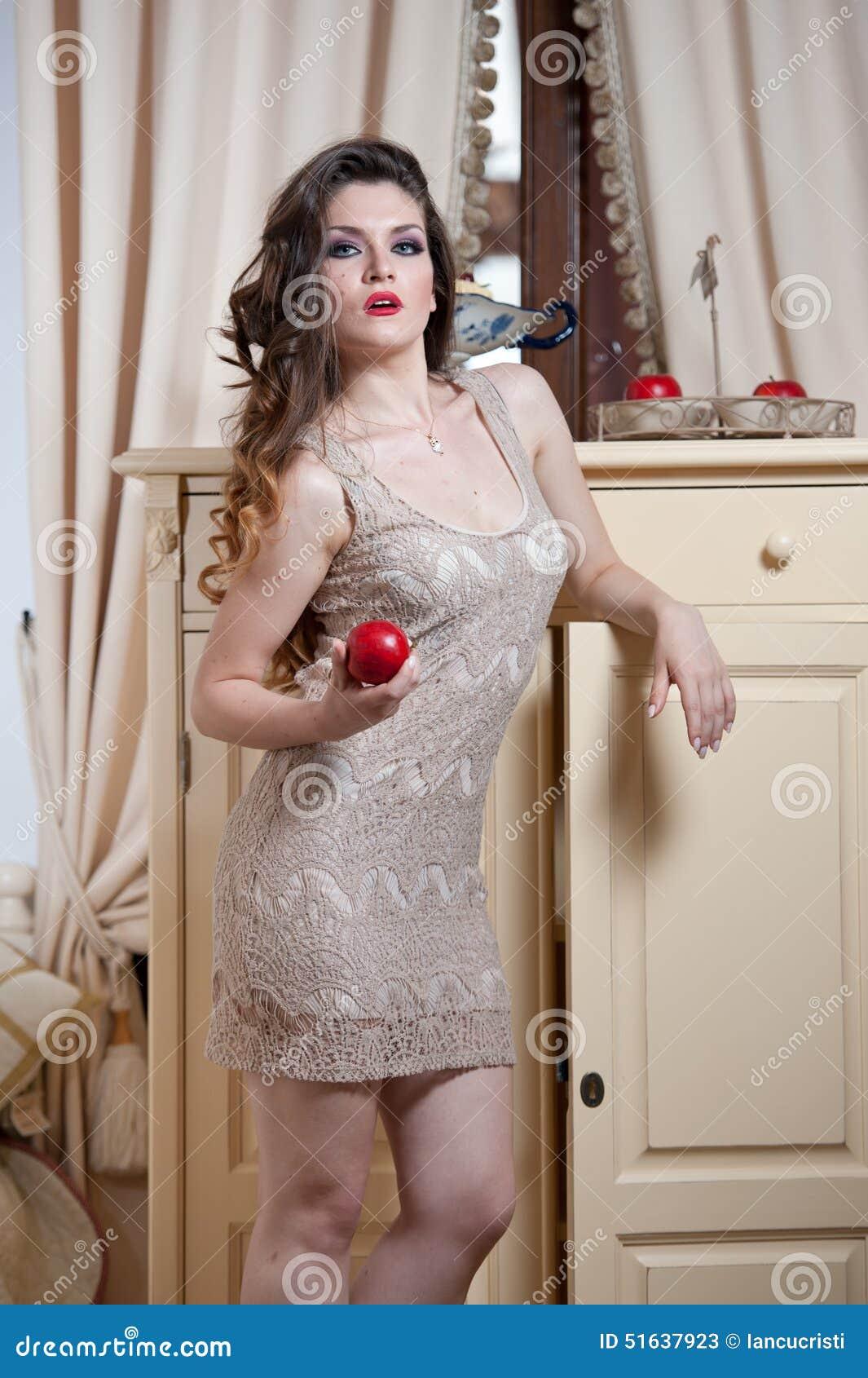 Beautiful nude women color