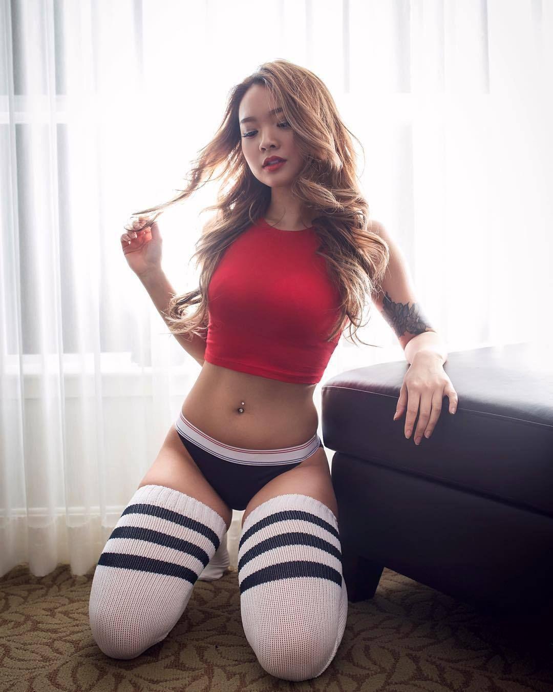 Sexy asian girls long socks