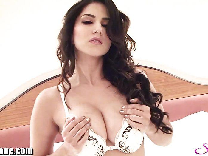 Sex of hinde women actarese