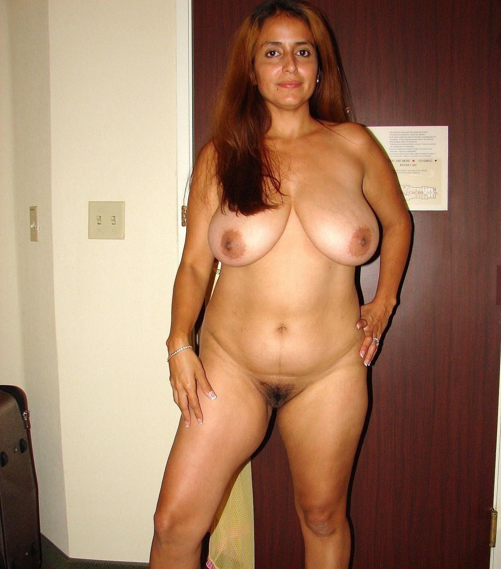 Desi aunty nude sex