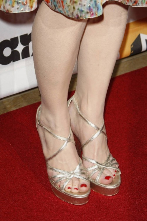 Bryce dallas howard feet