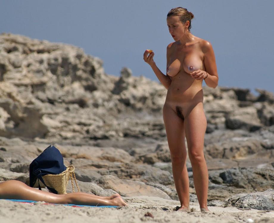 Voyeur nude women contest