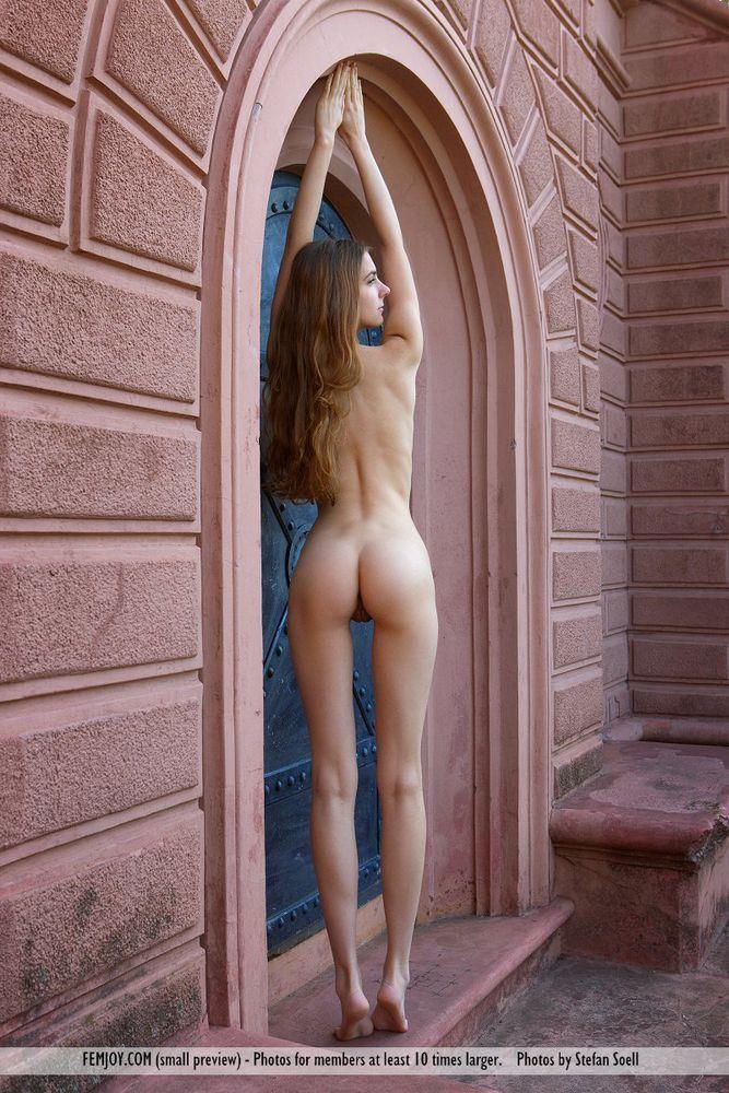 Sexy girls nudes ass legs galleries