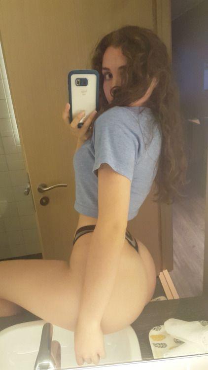 Hot nude girl bathroom selfie