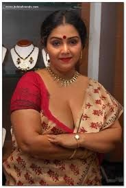 Saree aunty big backs photos pintrest