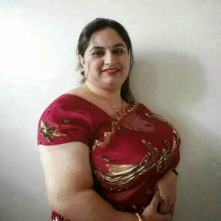 Blouse nude bhabhi photos