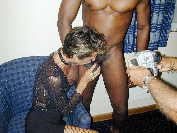 Swinger party wife sucking cock
